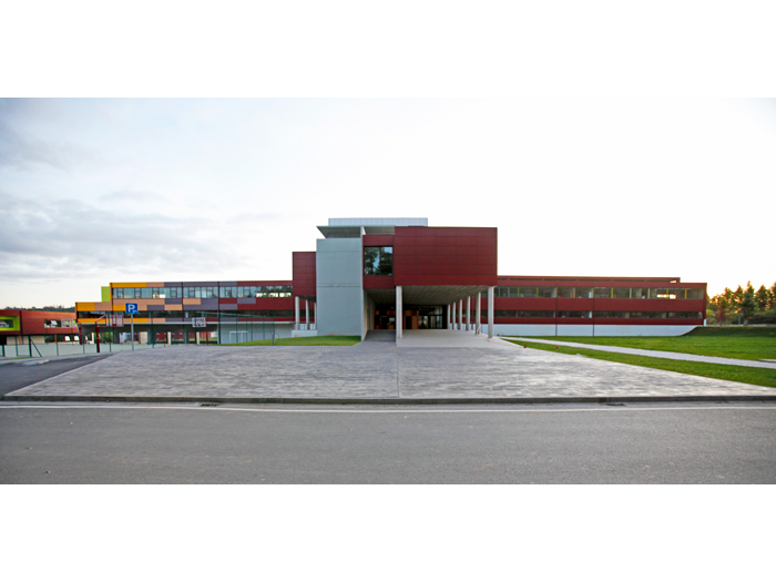 Crecente-Fuertes_Colegio-Peleteiro[05]