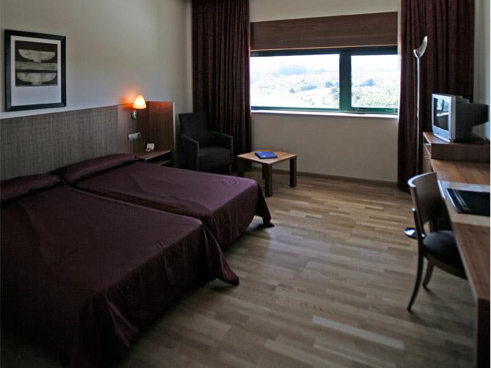 Crecente-Fuertes_Hotel-Katiuska[10]